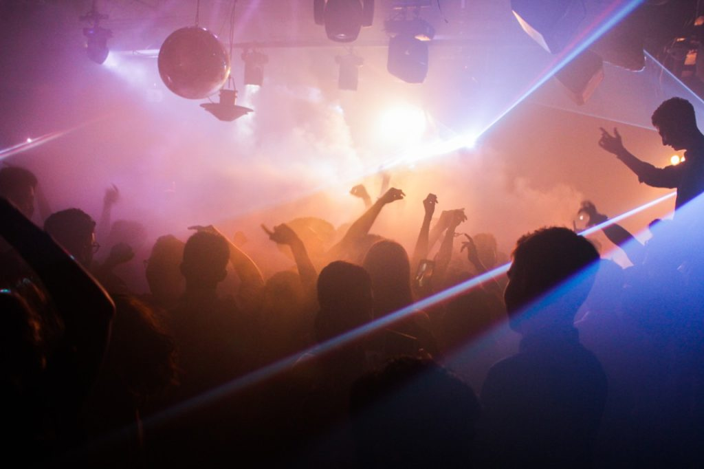How to Keep Cool in Sizzling Dance Clubs